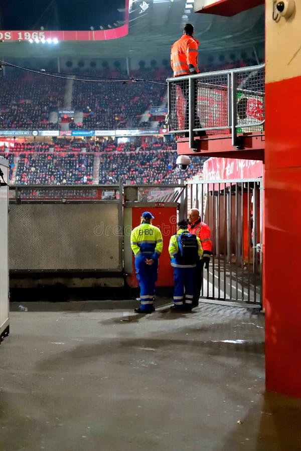 Den en gång första FC Twente för uppdelningsfotbolllaget segrade dess lek mot FC Volendam på 15th mars arkivbilder