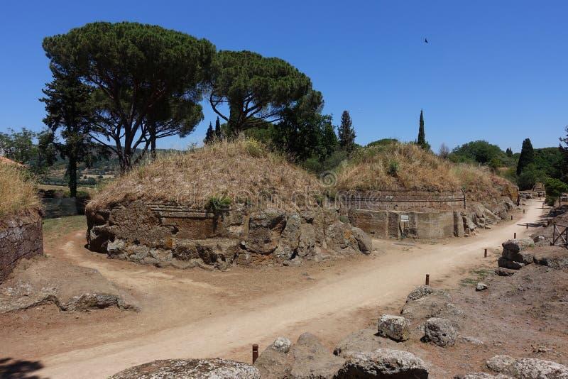 Den Etruscan nekropolen av Cerveteri royaltyfri bild