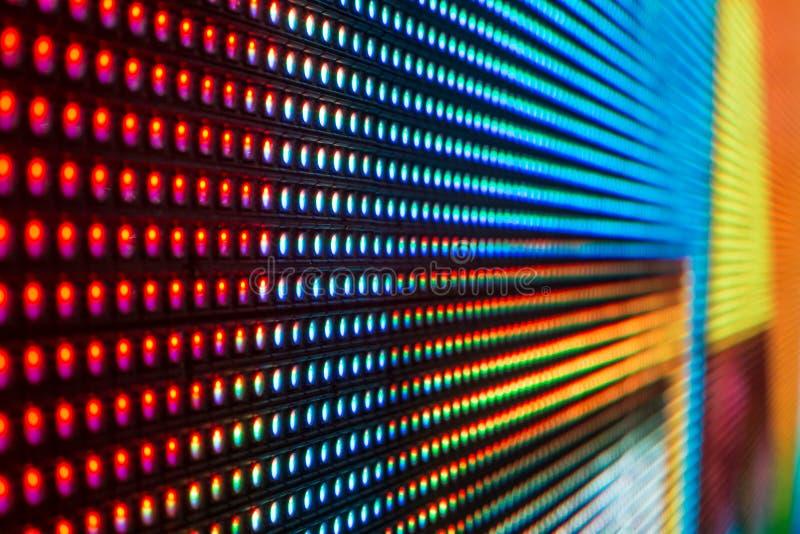 Den färgade extrema makroen av regnbågen LEDDE smdskärmen arkivfoto