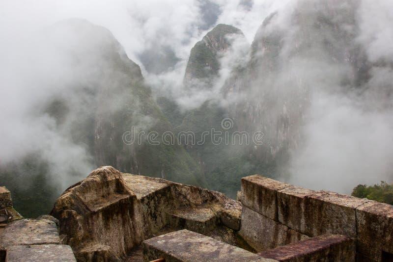 Den fantastiska sikten av Anderna från Machu Picchu fördärvar royaltyfria foton