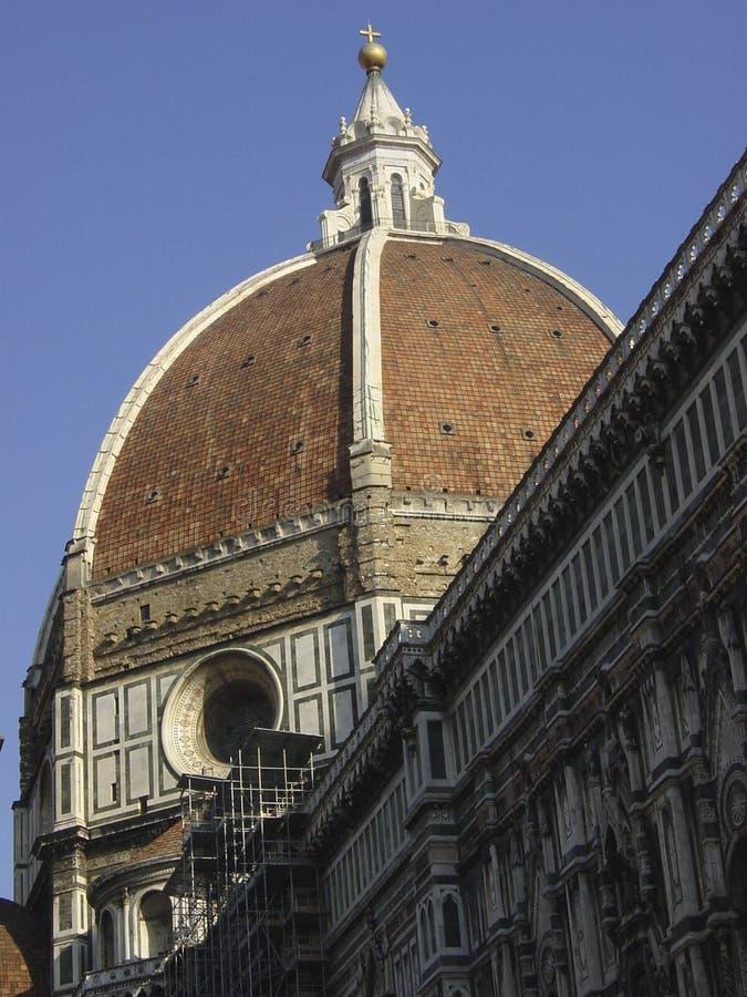 Den Florence Cathedral Santa Maria del Fiore kupolen av kupolen planlade vid Brunelleschi arkivfoton