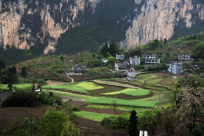 Den forntida byn i den Wu flodklyftan arkivfoto