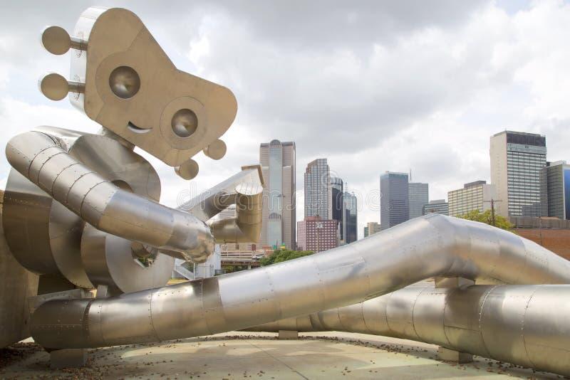 Den gå man- och Dallas horisonten royaltyfri foto