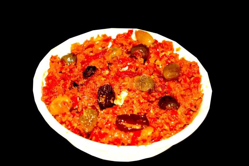 Den Gajar halwaen är moroten baserad pudding som göras med khya, mjölkar, mandeln, pistasch arkivbild