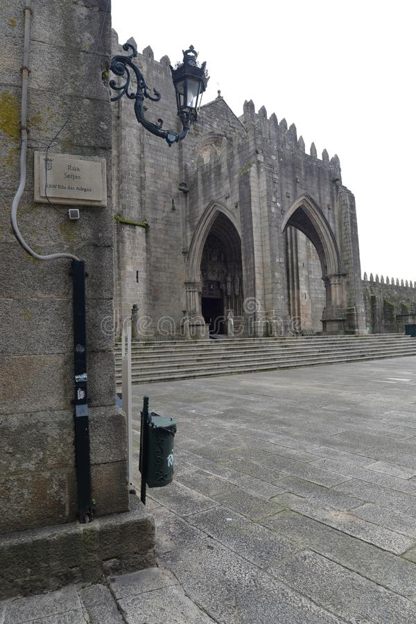 Den Galician staden av Tui royaltyfria foton