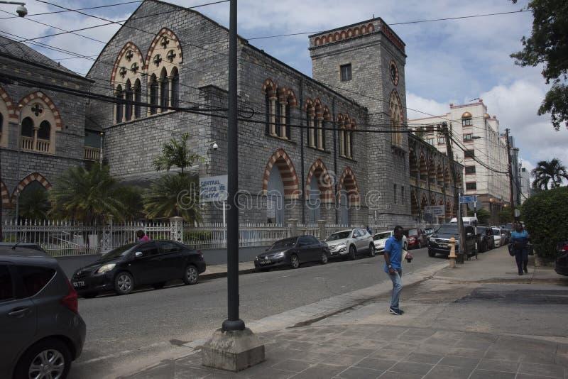 Den gamla centrala polisstationen är Italienare-gotisk stilarkitektur i port - av - Spanien, Trinidad fotografering för bildbyråer
