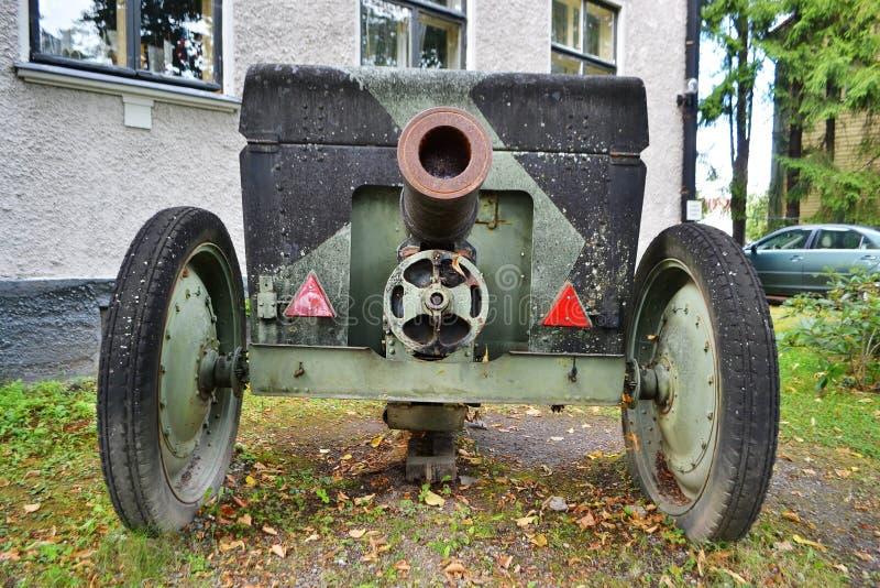 Den gamla kanonen från världskrig II arkivfoton