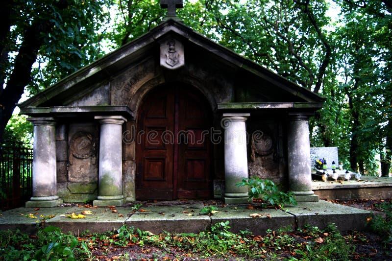 Den gamla kyrkogården arkivbilder