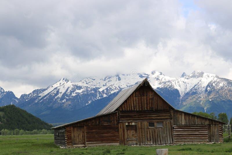 Den gamla mormonladugården på Tetonsen royaltyfri foto