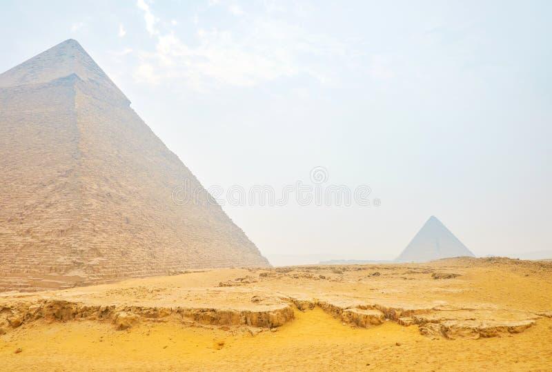Den gamla pyraminen av Khafre i Giza, Egypten royaltyfri bild