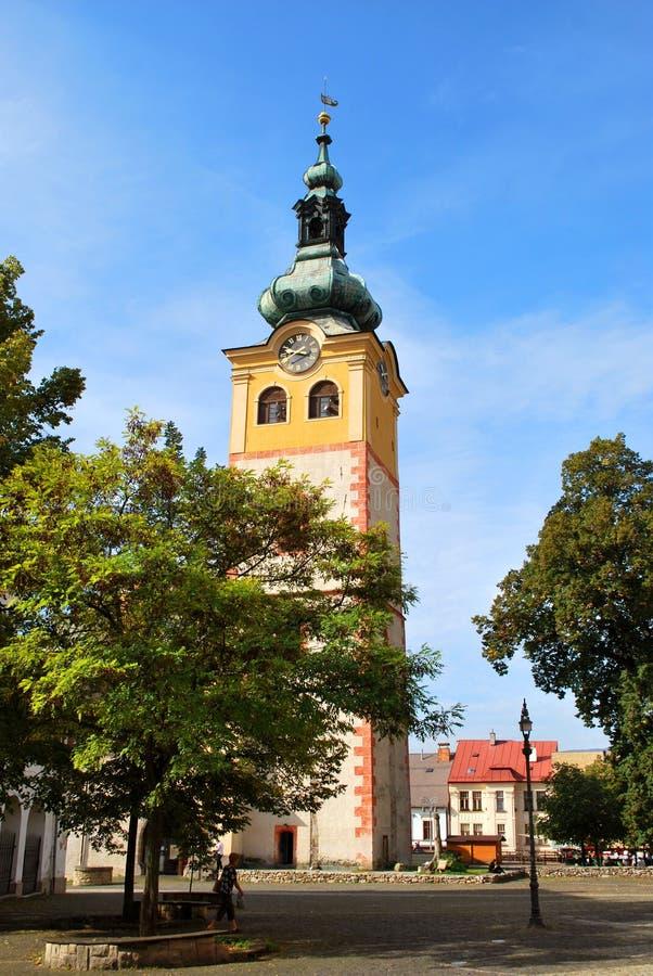 Den gamla slotten i den historiska mitten i Banska Bystrica arkivfoton