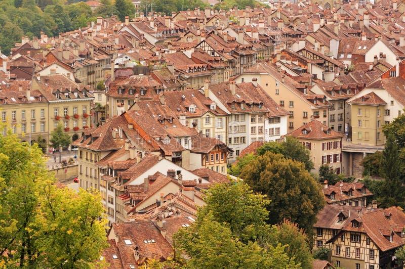 Den gamla staden är det medeltida centret av Bern, Schweiz royaltyfri fotografi