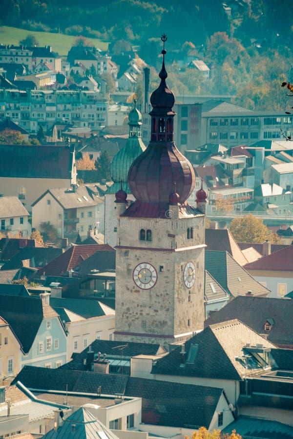 Den gamla staden av Waidhofen en der Ybbs i höst, Mostviertel, lägre Österrike, Österrike fotografering för bildbyråer