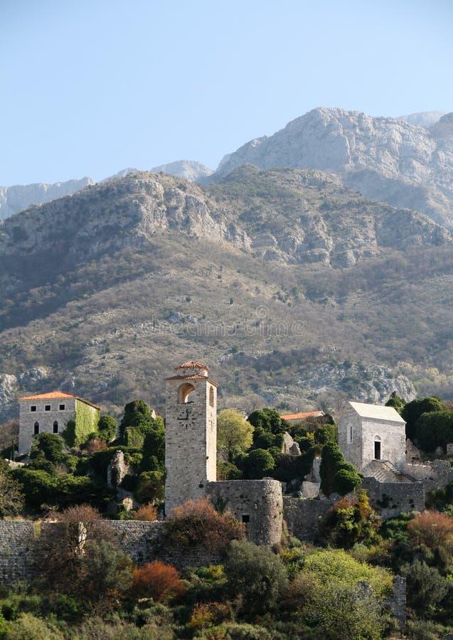 Den gamla stadstången är reko - Montenegro royaltyfri foto