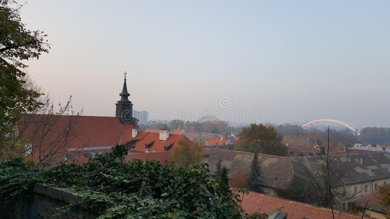 Den gammala staden beskådar fotografering för bildbyråer