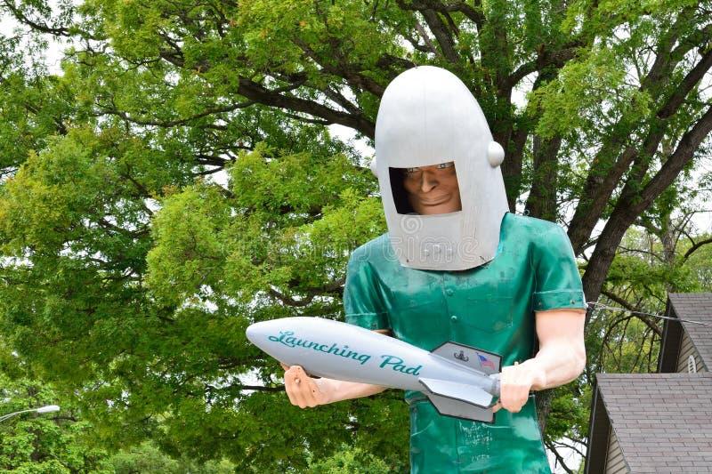 Den Gemini Giant skulpturen på restaurangen för lanseringsblock royaltyfri foto