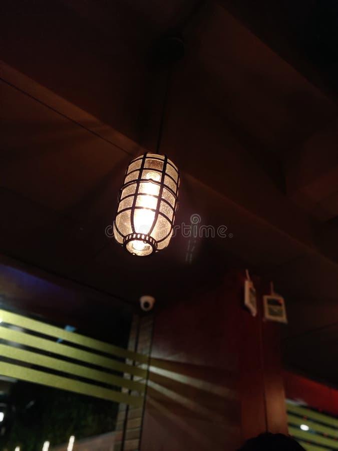 Den glödande lampan arkivbild