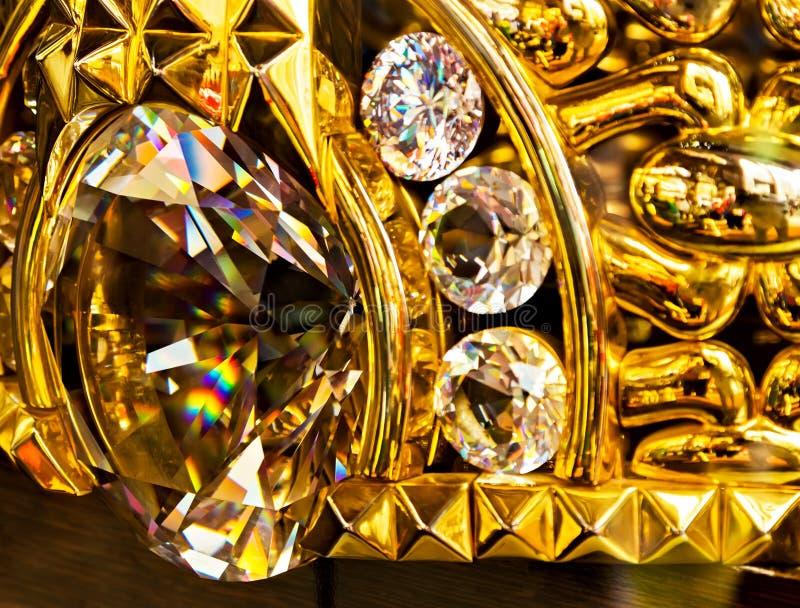 den guld- cirkeln i smycken shoppar i den Dubai marknaden guld- Souk arkivfoto