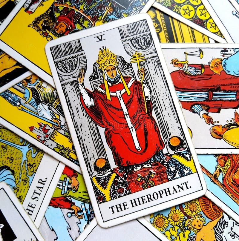 Den Guru för tradition för utbildning för institutioner för Hierophant tarokkort cculten royaltyfri illustrationer