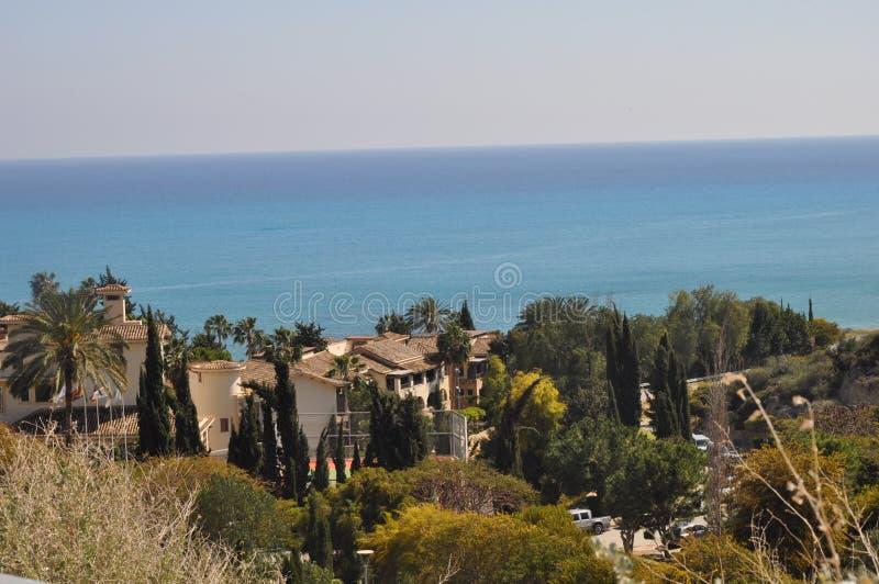 Den härliga Columbia strandsemesterorten som bygger Pissouri Limassol i Cypern arkivbilder