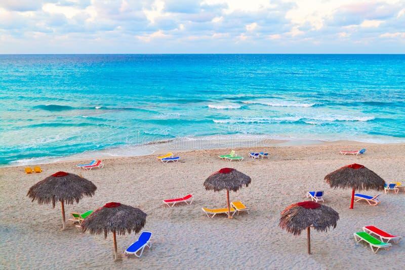 Den härliga kubanska stranden av Varadero fotografering för bildbyråer