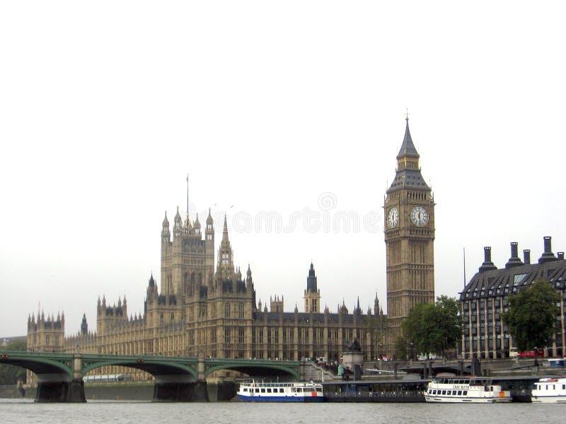 Den härliga sikten av London från flodThemsen London förenade KingdomnEuropen royaltyfria foton