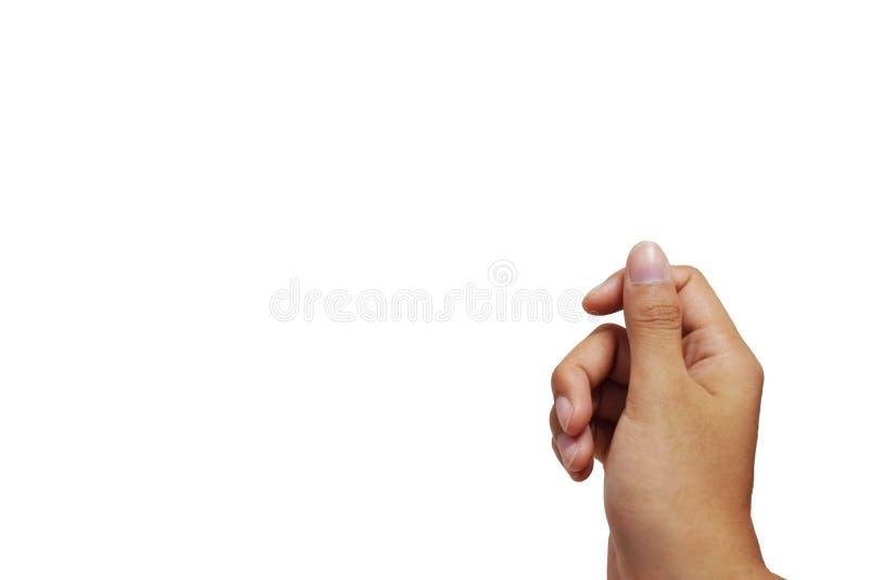 Den högra manliga handen poserar att rymma ett faktiskt kort med fingrar på en isolerad bakgrund arkivbild