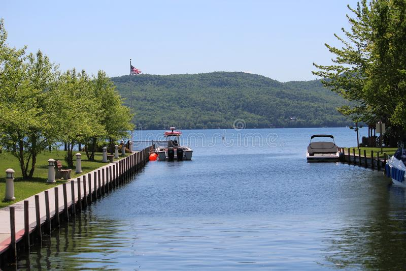 Den Hague stadstranden parkerar - sjön George, NY fotografering för bildbyråer