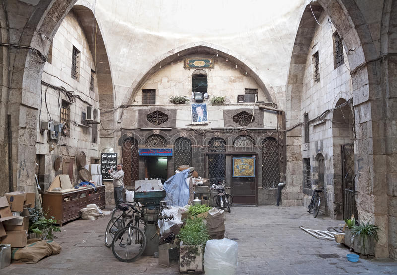 Den Hamidiye basaren marknadsför i damascus syria arkivfoto