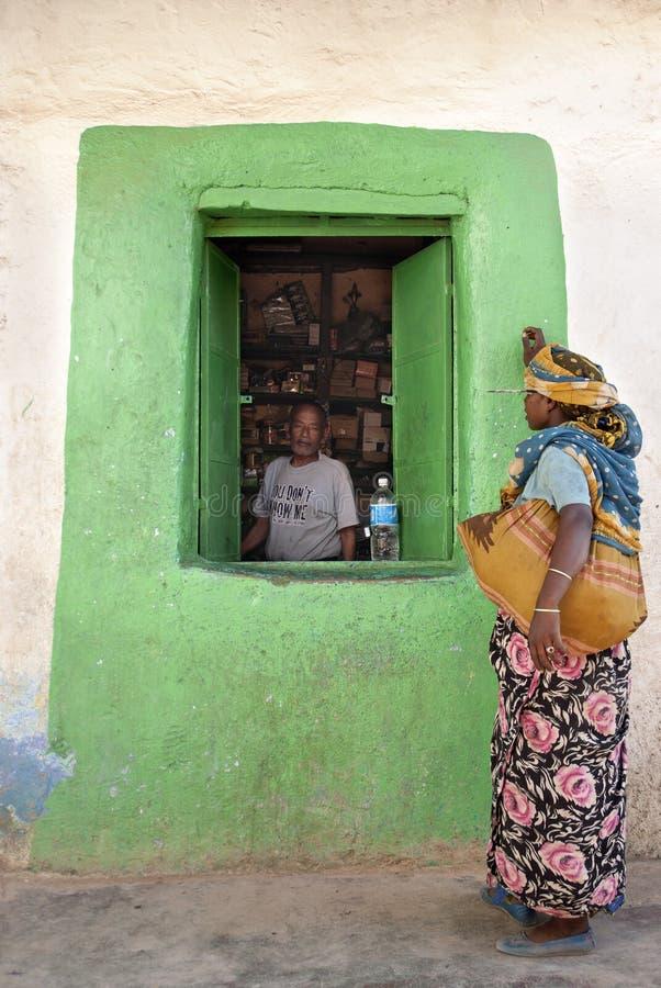 den harar ethiopia livsmedelsbutiken shoppar royaltyfri bild