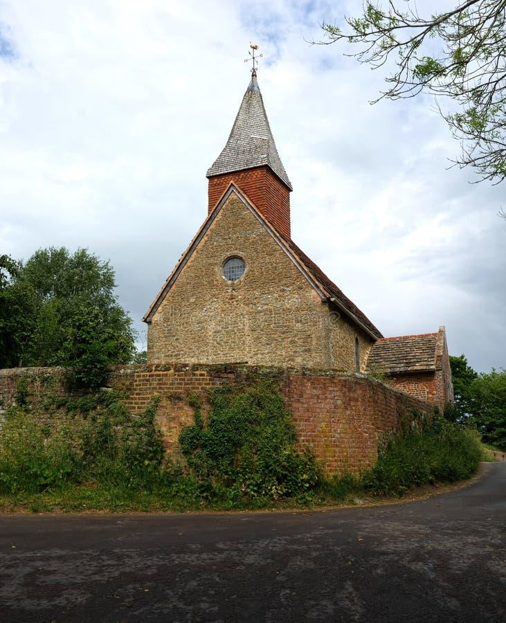 Den heliga griftkyrkan, Warminghurst, Sussex, UK royaltyfria bilder