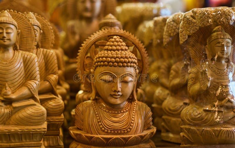 Den hinduiska religiösa guden isolerade det unika fotoet för träobjekt fotografering för bildbyråer
