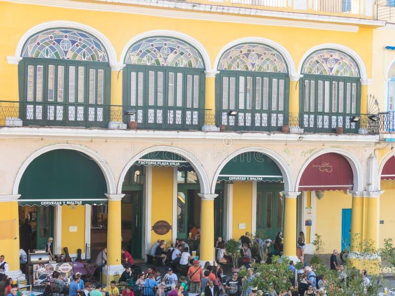 Den historiska gamla fyrkanten eller plazaen Vieja i den koloniala neighborhen royaltyfri fotografi