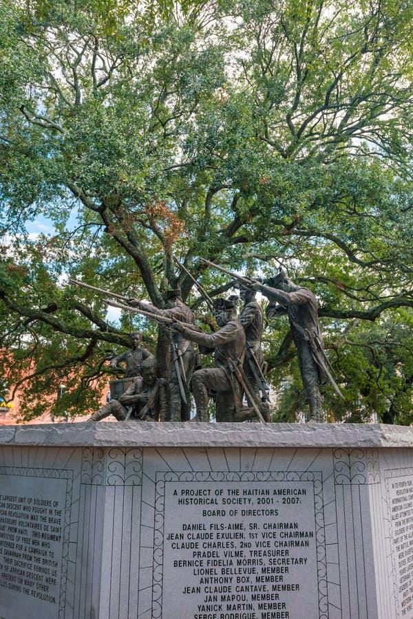 Den historiska monumentet parkerar offentligt i oldtownSavannah royaltyfria foton