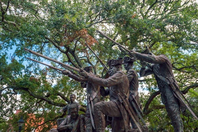 Den historiska monumentet parkerar offentligt i oldtownSavannah arkivfoton