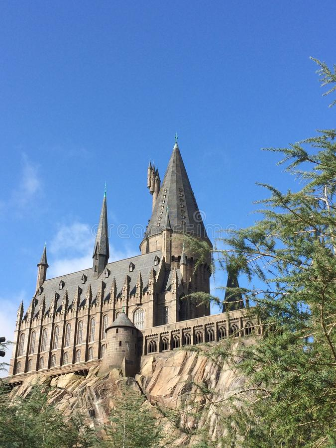 Den Hogwartz skolan av magi i magisk värld av Harry Potter på universella studior i orlando florida arkivbilder