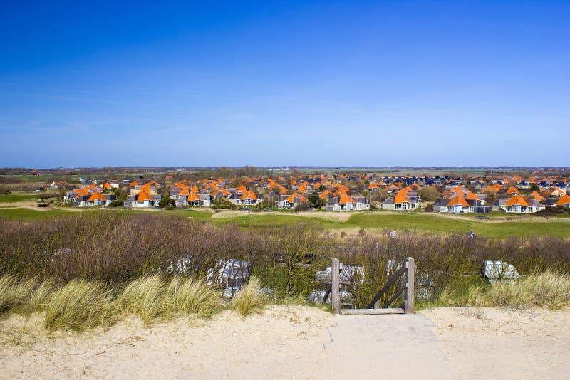 Den holländska byn av Zoutelande arkivfoton