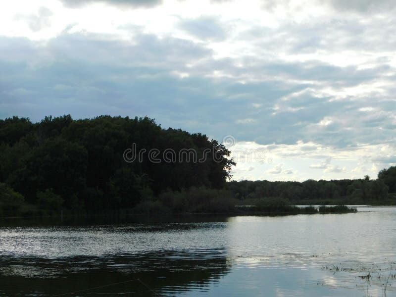 Den Hoper floden i den Voronezh regionen arkivfoton