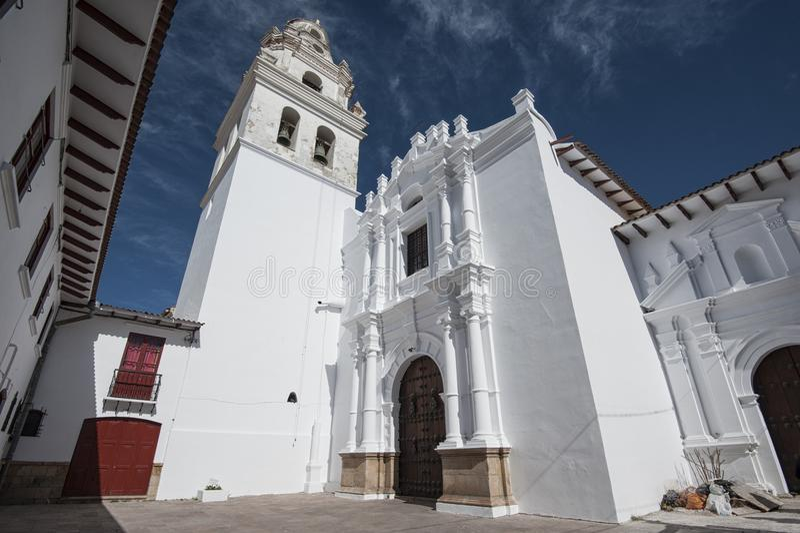 Den huvudkoloniala staden av Bolivia - Sydamerika arkivfoto