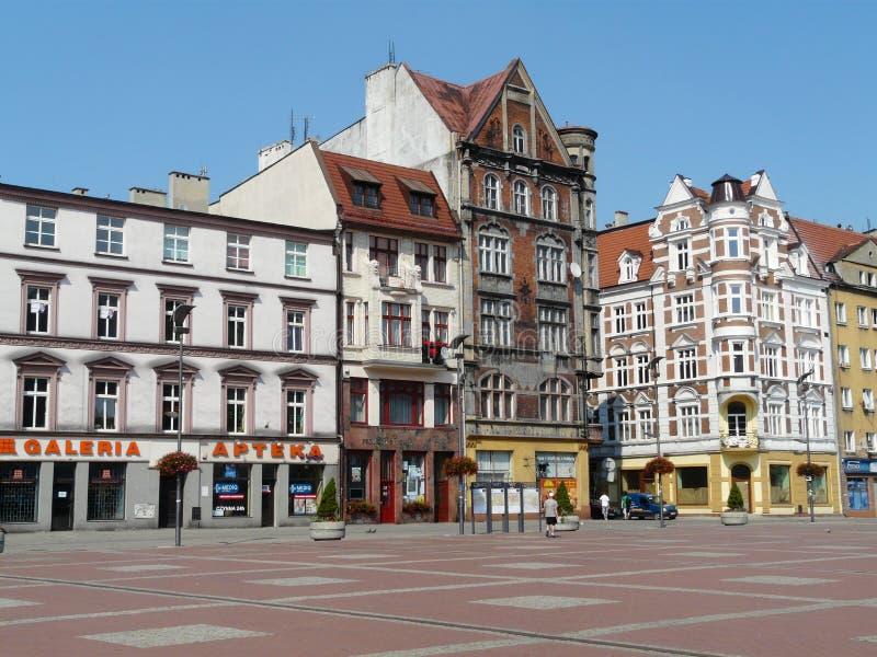 Den huvudsakliga fyrkanten i staden av Bytom, Polen royaltyfri fotografi