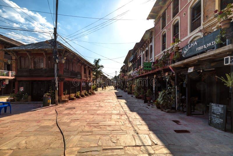 Den huvudsakliga gatan av den Bandipur byn Nepal royaltyfri foto