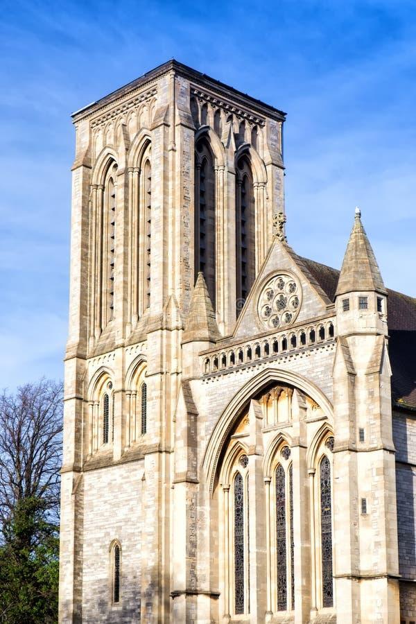 Den huvudsakliga ingången av kyrkan för St Stephen's i Bournemouth royaltyfria foton