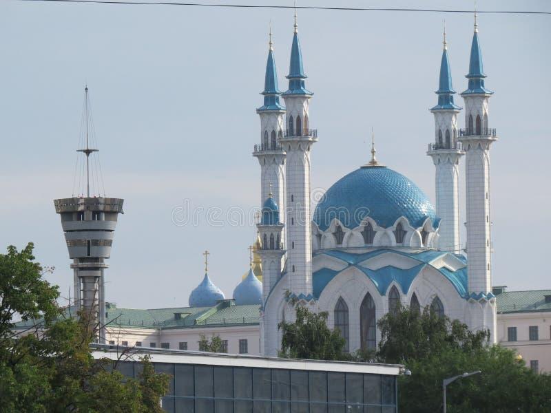 Den huvudsakliga moskén av Kazan Kul Sharif i Kreml royaltyfri bild