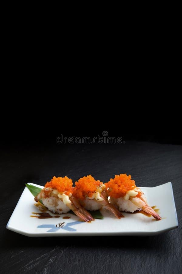 Den idérika japanska matmenyn, sushi ångade räka royaltyfri fotografi