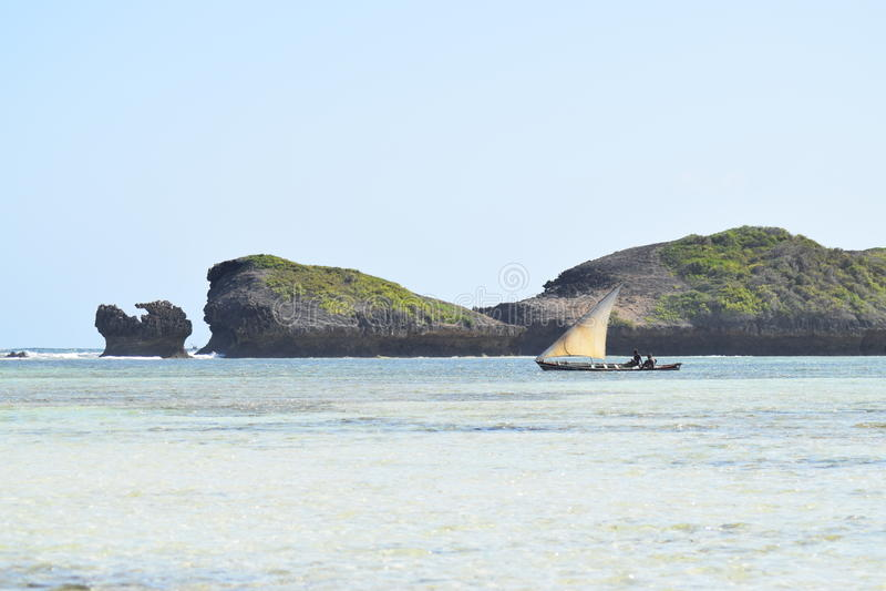 Den indiska forntiden för seglingen för havbilddhowen vaggar royaltyfri fotografi