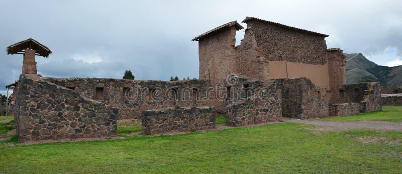 Den Inka platsen på Raqch'i peru arkivfoto