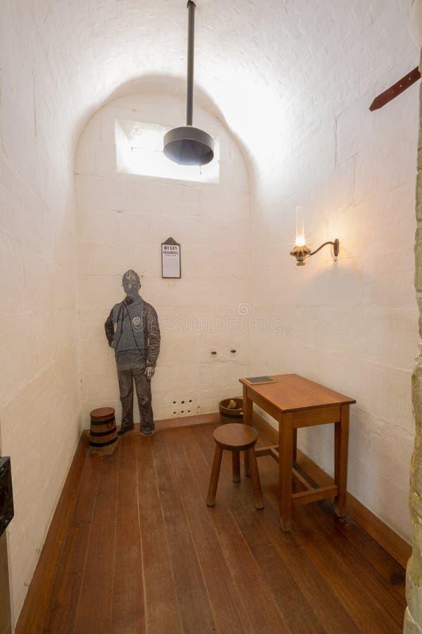 Den inomhus cellen, avskiljer fängelsePort Arthur arkivbild
