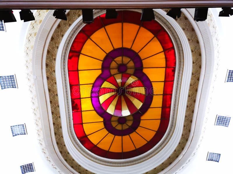Den inre kupolen i teaterrummet royaltyfria bilder