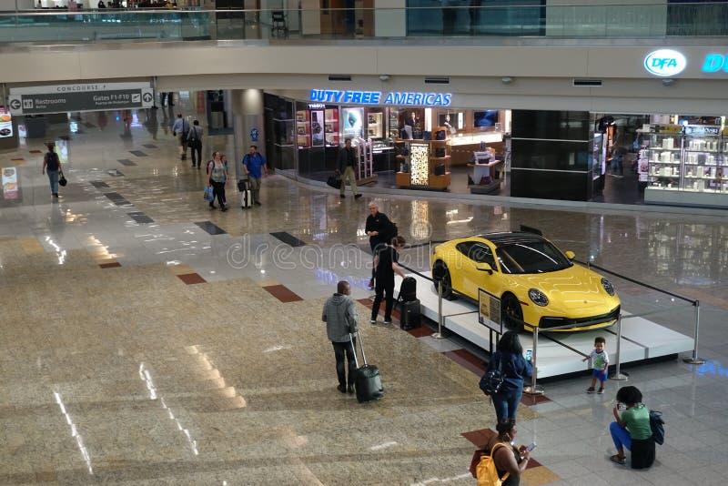 Den internationella terminalen för Atlanta flygplats arkivfoton