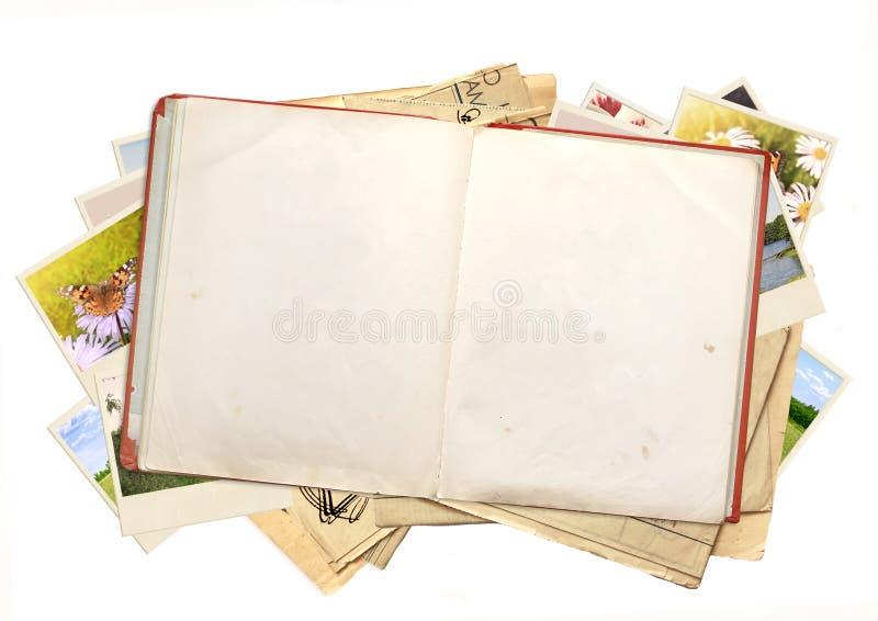 den isolerade boken objects vita gammala over foto royaltyfri foto